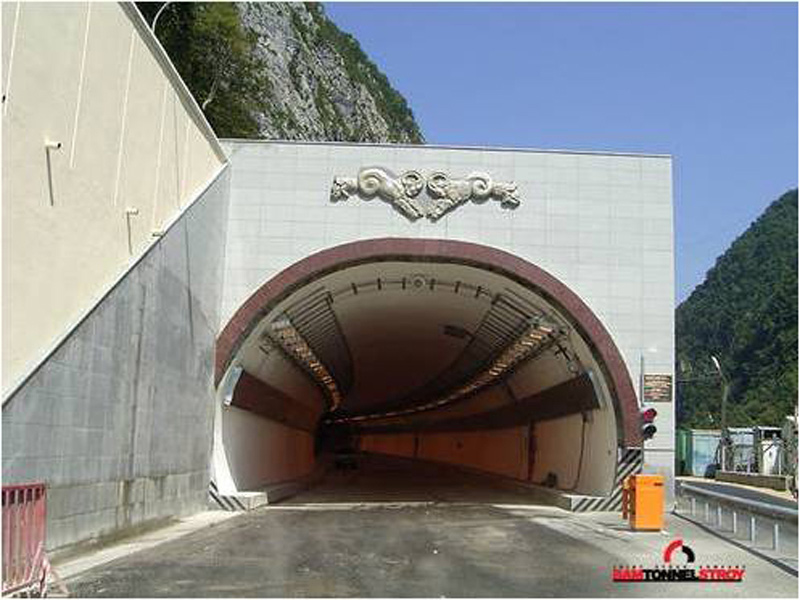 RU_Sochi_Tunnel 1